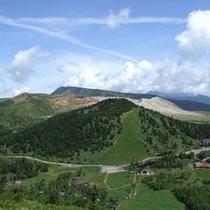 □白根山を夏山リフトから望む