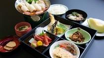 *夕食一例/郷土料理を取り入れた和食膳
