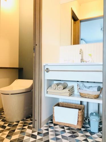 「シューティングスター」の洗面台とお手洗い