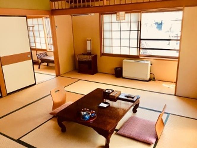 客室12畳+4.5畳和室