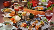 古典を守りながらも飽きのこない「新作懐石料理」をご提供。四季折々の伊豆産品をふんだんに使用しています