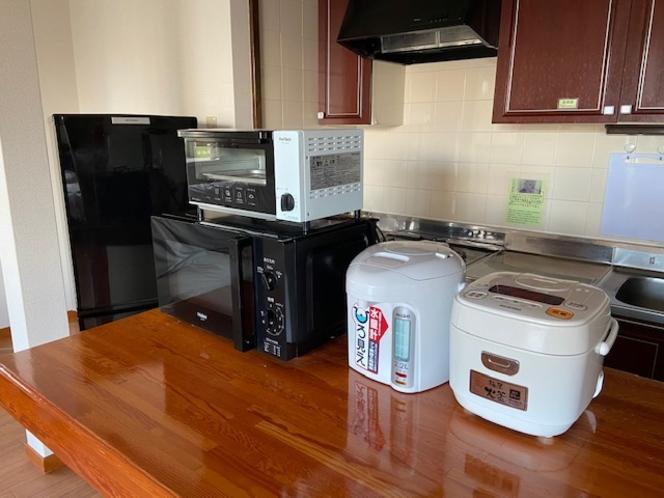 101号室に設置してある調理家電等