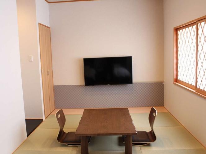 和洋室(ROYALルーム)備え付けテレビ