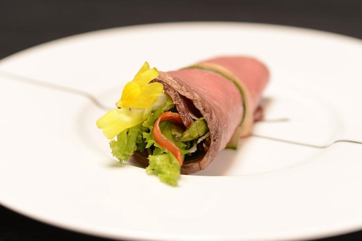 料理の一例 ローストビーフの【ブーケ】