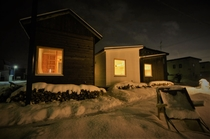 タイニーハウス・夜・冬