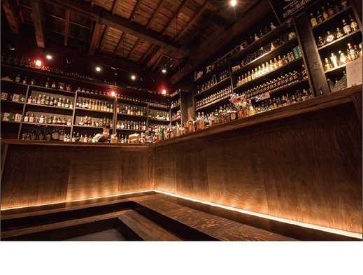 【お酒の美術館 三条烏丸本店チケット付】世界のお酒を愉しむひととき♪(素泊り)