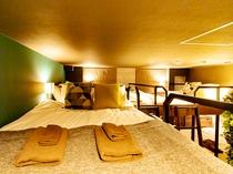 7名部屋 M 禁煙、24平米、ベッド幅140/100