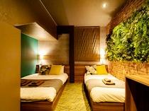4人部屋 J 禁煙、21平米、ベッド幅140/100