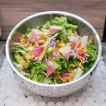 【Organic】全体の1%に満たない稀少なサラダを毎朝ご提供