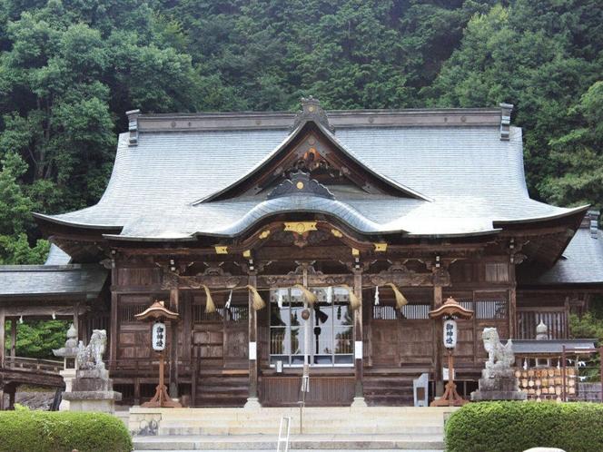 【本山神社】
