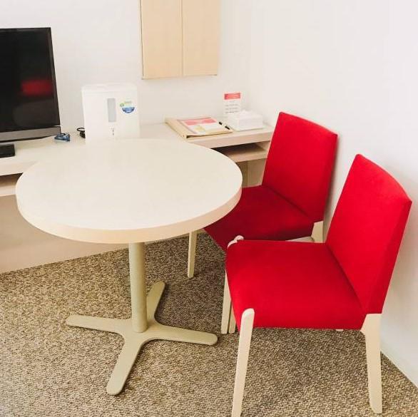 テーブル(ツインルーム)