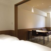【スーペリアルーム】5階(最大定員3名)/51平米・ベッドルーム