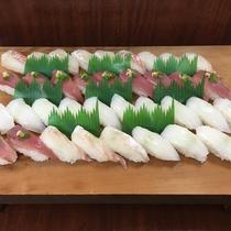日替わりでお寿司or刺し身を提供!