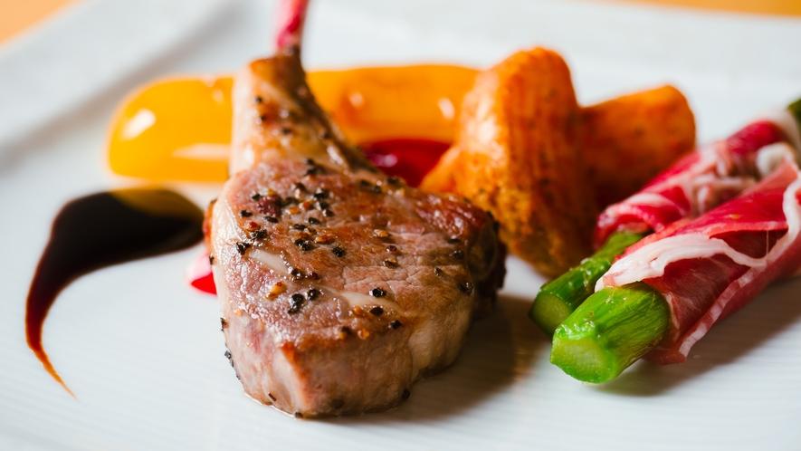 肉料理 - ラムチョップ -