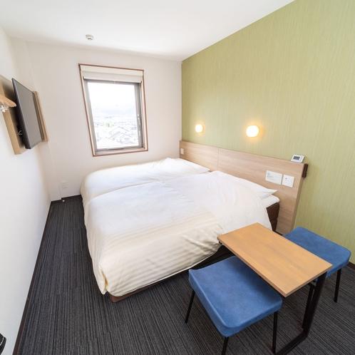 【ハリウッドツインルーム】ベッドが2台並んだお部屋
