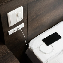 全客室USB充電が可能。アダプタいらず!