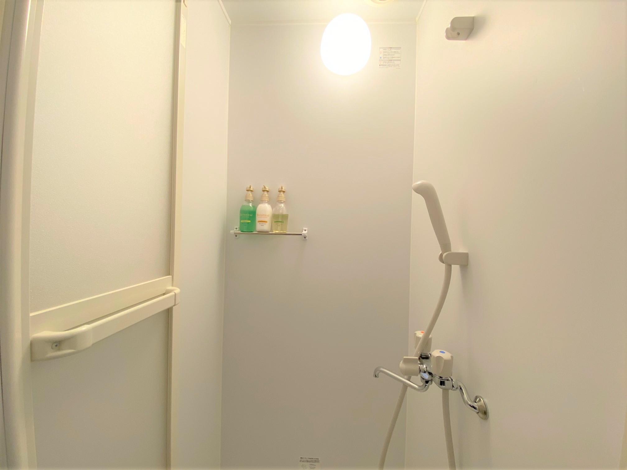 2段ベッド シャワールーム