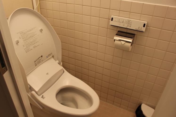 女性ドミトリー8人部屋01号室トイレ