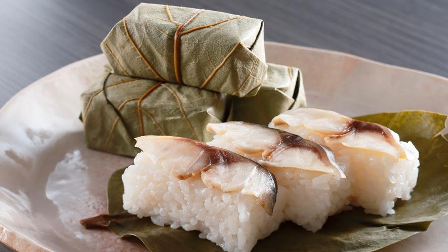 朝食-柿の葉寿司