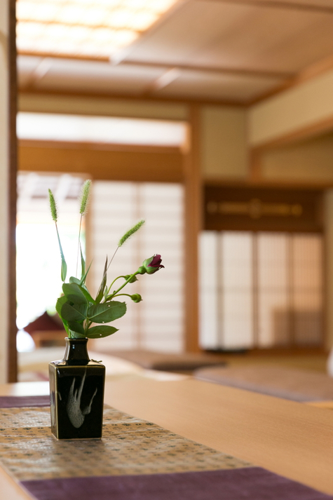 露天風呂付き客室 花瓶(たて)