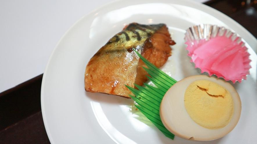 *【朝食一例】一品一品ちょっとづつがカラダに優しい和食