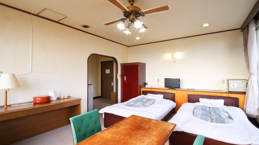 *【角部屋★別館2.3階・海側洋室一例】オーシャンビュー!寝起きが楽なシングルツインのお部屋