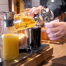 【ウェルカムドリンク】コーヒーからアルコールまで各種ご用意しております。