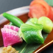 旬野菜の盛り合わせ~自家製味噌で~