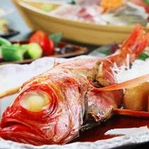 金目鯛煮付けや国産肉陶板焼きなどのご夕食をどうぞ♪