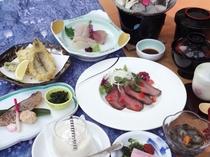 能登の海の幸・山の幸を詰め込んだ会席料理