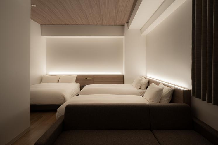 フォースルーム ベッド3台お部屋でご家族でもゆったりとお過ごしいただけます。