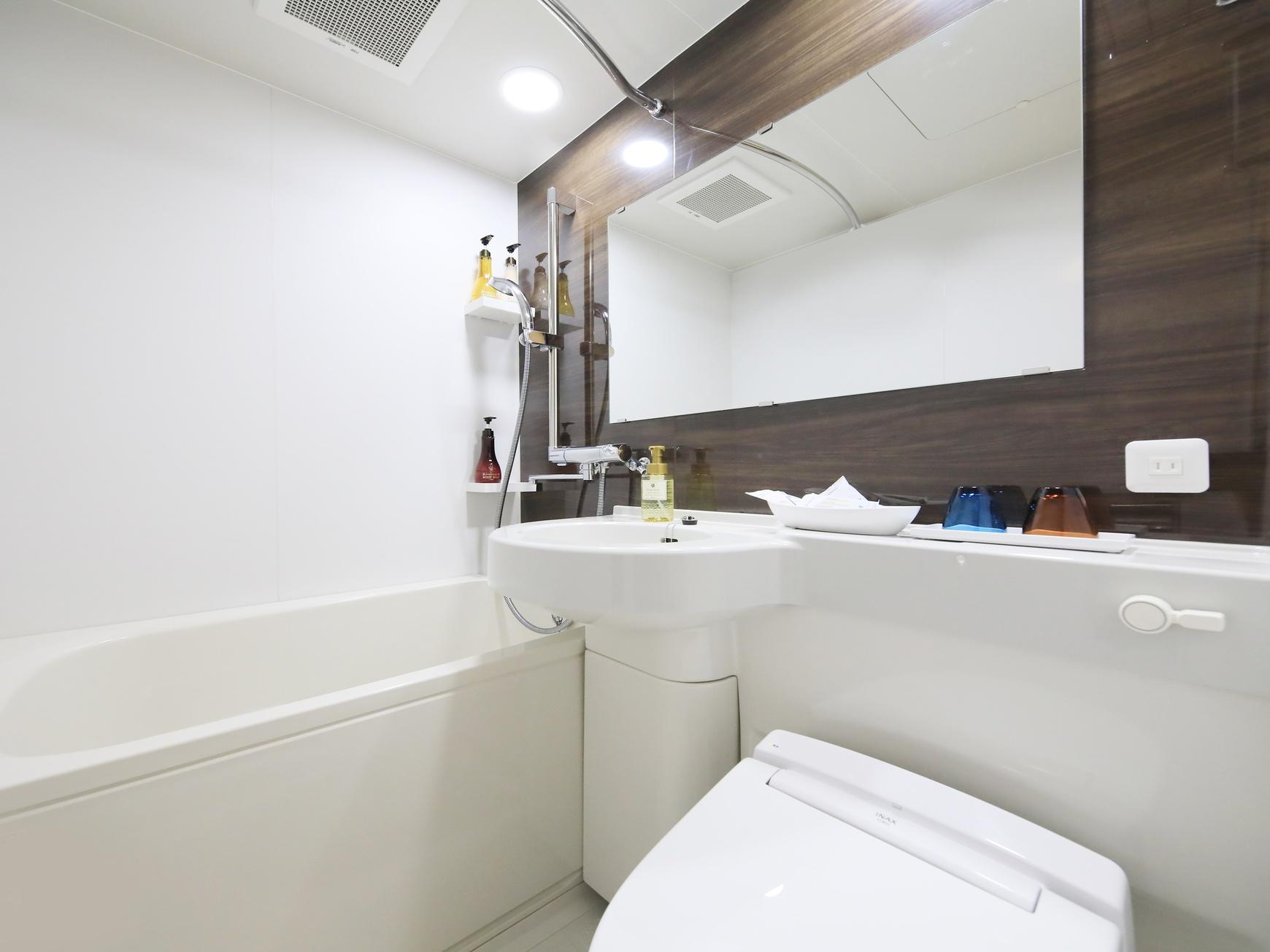 バスルーム / Bathroom