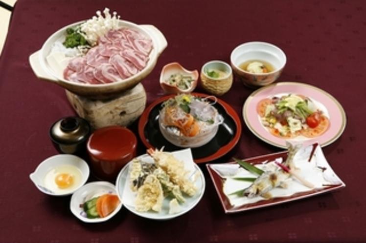 宿泊の夕食(秋、冬、春、)夏季は鍋が猪柳川に変更