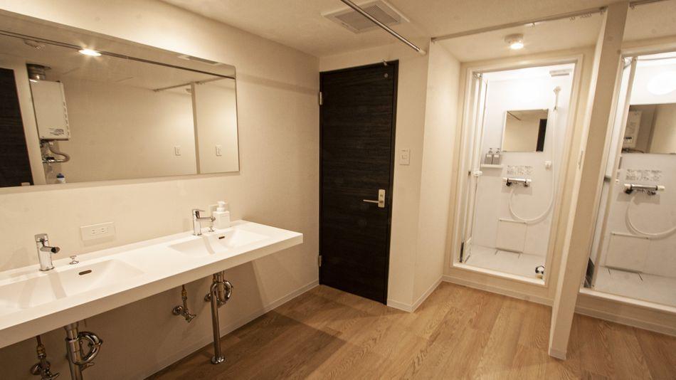 Room2.3.4.5