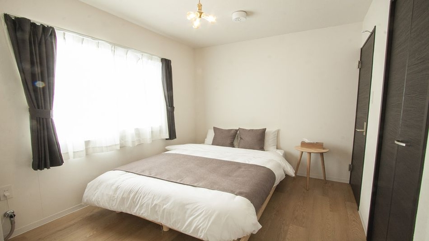 Room3ダブルベッド