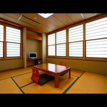 和室8畳のお部屋です。1名様から3名様までご利用いただけます。