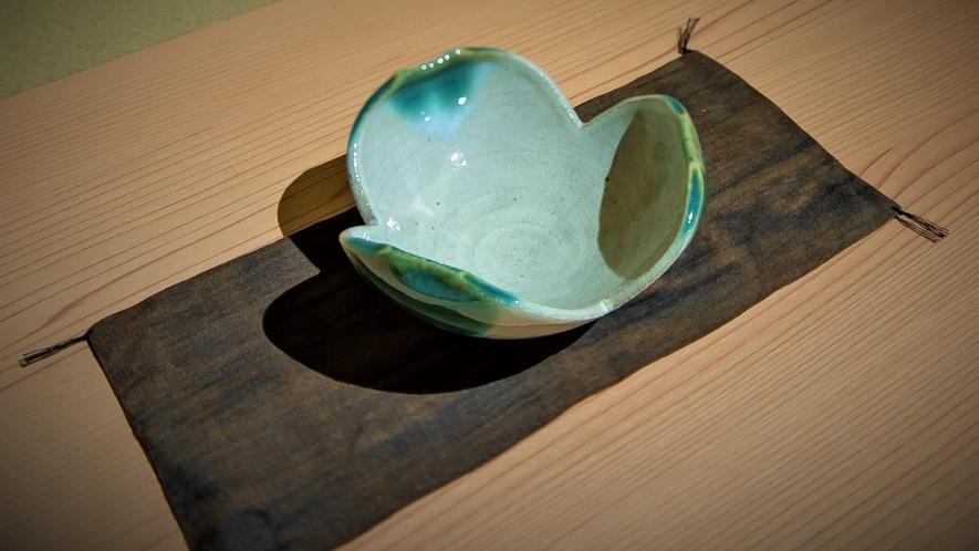■福岡の伝統工芸品『上野焼』の飾り
