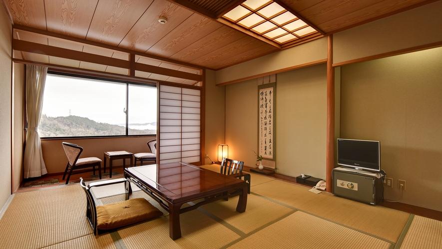 *【景色の見える山側の部屋】落ち着いた純和風客室で贅沢なひと時をお過ごし下さい。