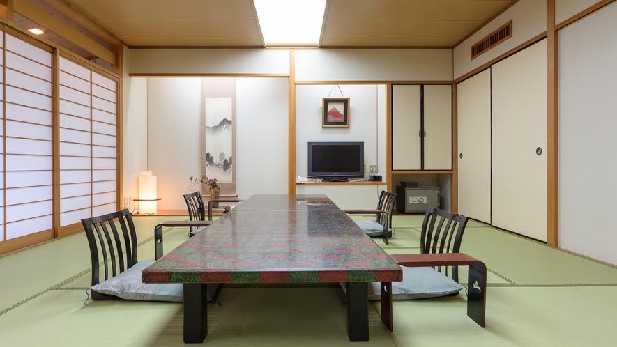 *【参道側の部屋】純和風客室でゆったりお寛ぎいただけます。
