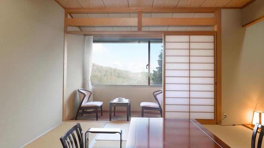 *【景色の見える山側の部屋】窓から信貴山と奈良盆地の眺望が楽しめます。