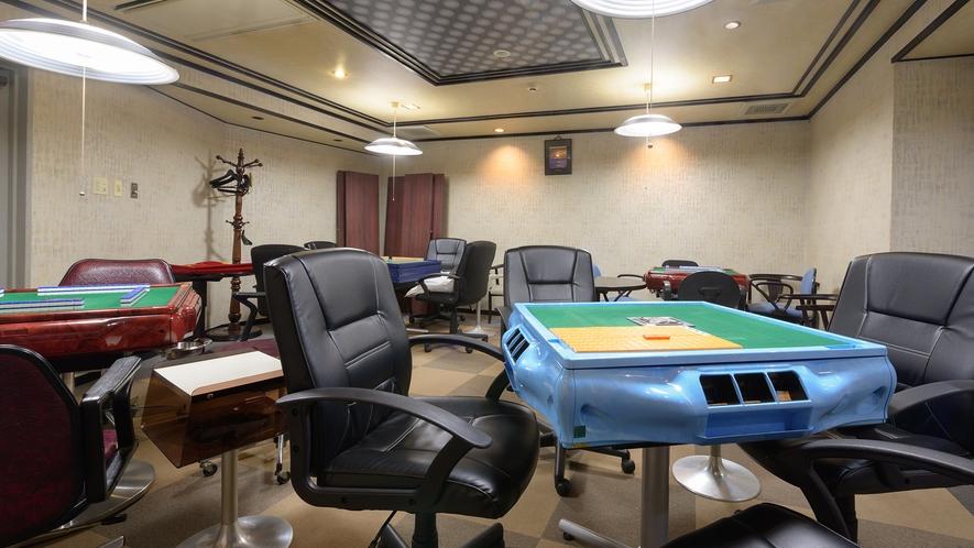 *館内一例:麻雀部屋。大人な旅行をお楽しみ下さい♪