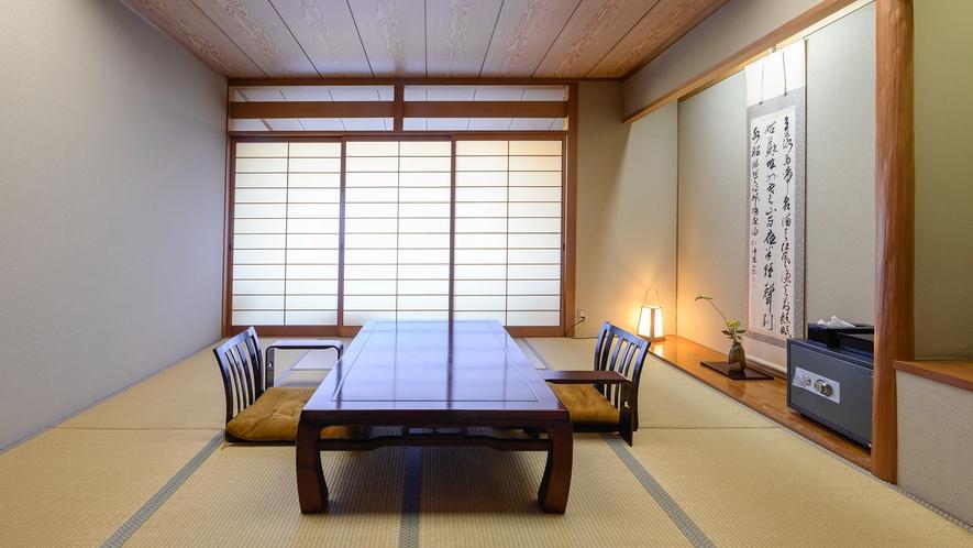 *【参道側の部屋】落ち着いた純和風客室で贅沢なひと時をお過ごし下さい。