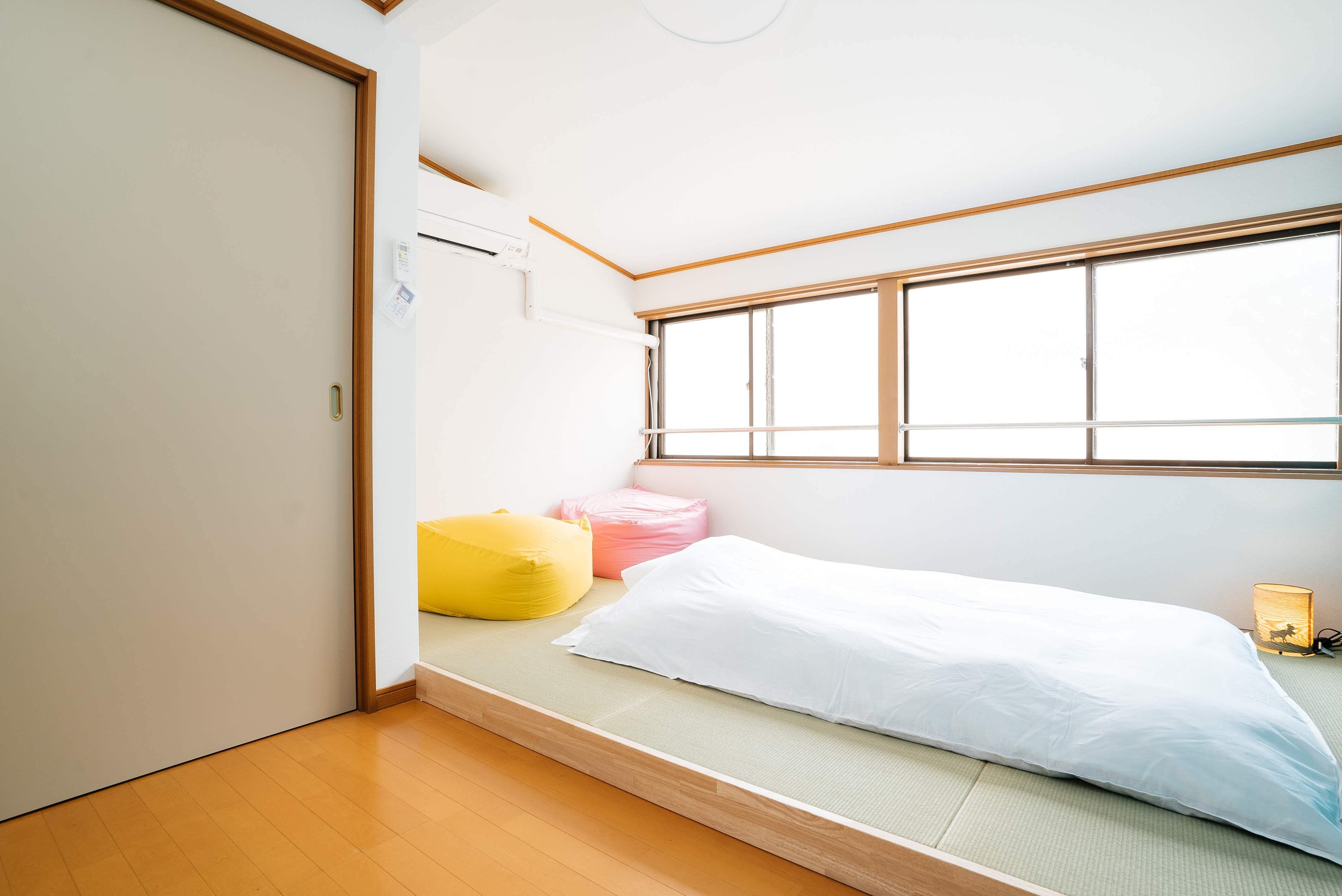 ベッドルーム(和室)