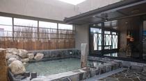 【天然温泉大浴場・男子】露天風呂 (湯温:約42℃~43℃)