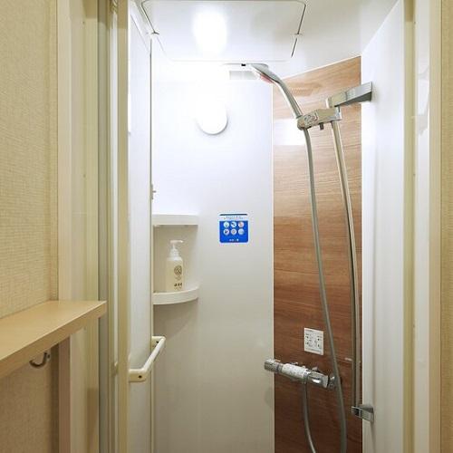【シャワールーム】全室鍵付の男女別シャワールーム※写真はイメージです。