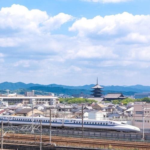 【京都観光】新幹線から見える世界遺産「東寺」