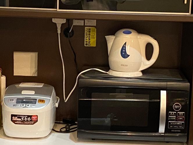 電子レンジ、炊飯器、ケトル