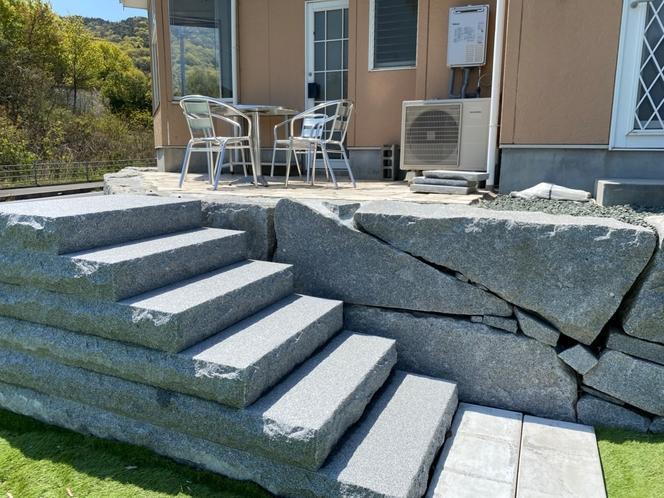 大島石の階段