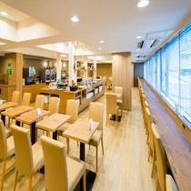 ◆広々スペースにての無料朝食◆