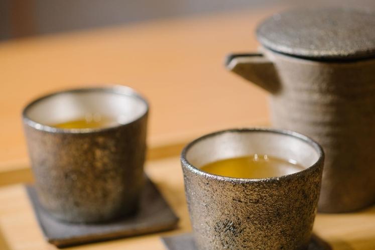 山本哲也氏茶器